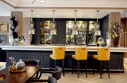 The bar at Lytton